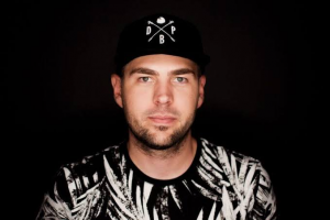Biography of Kyle Watson: Age, Wife, Career, Albums & Net Worth